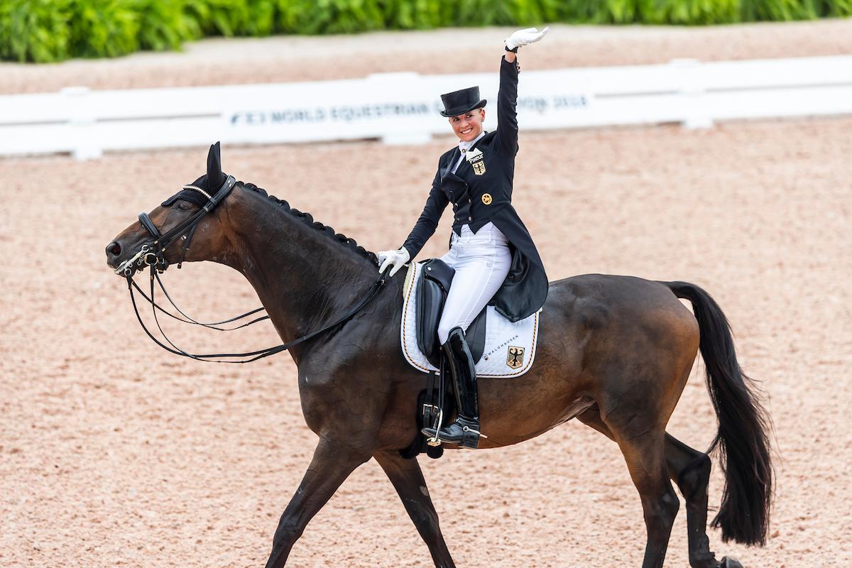 Jessica Von Bredow Werndl Mit Kribbeln Im Ganzen Körper Reiterjournal